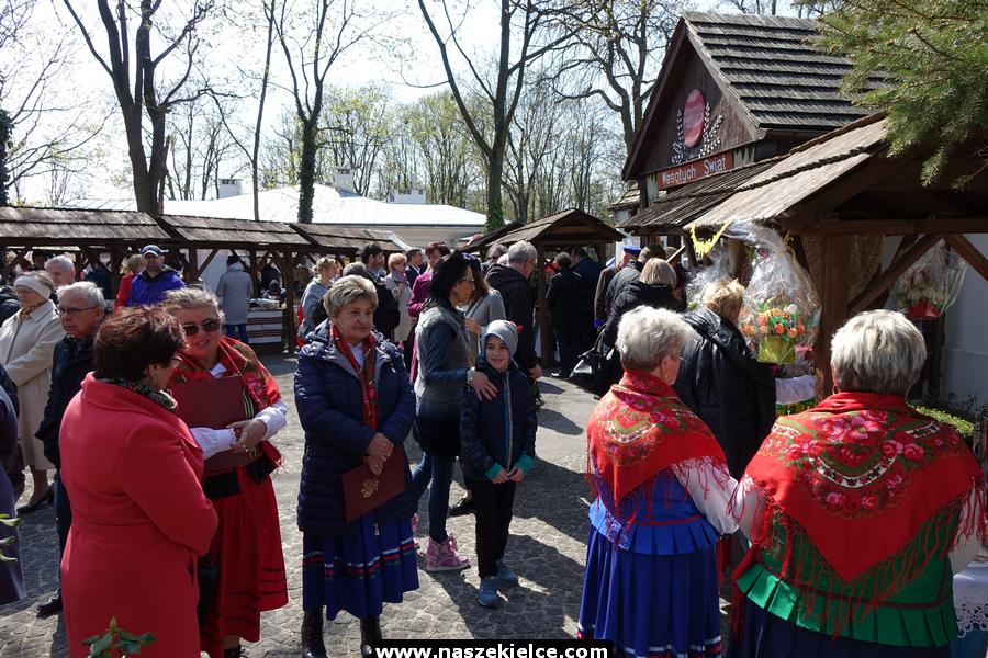Kiermasz wielkanocny w Dworku Laszczyków 14.04.2019