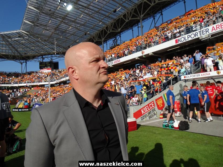 Maciej Bartoszek wybrany trenerem sezonu. A w Koronie mu już podziękowali