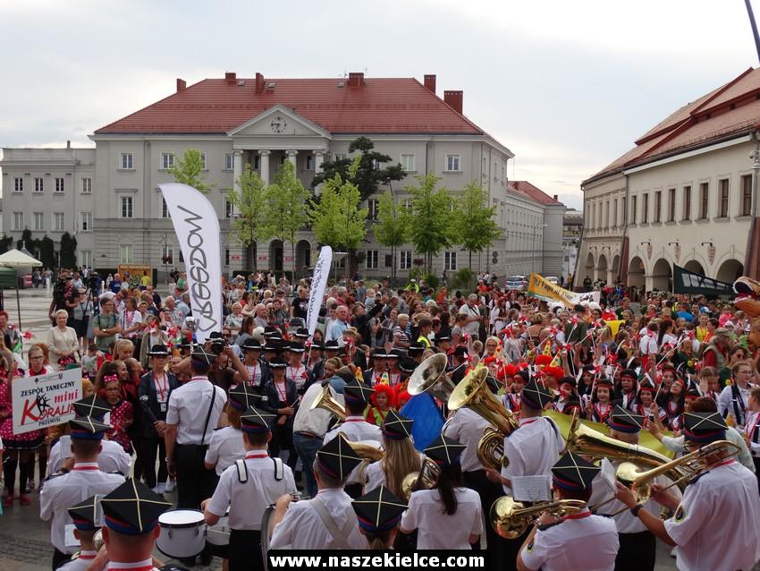 Korowód harcerski ulicami Kielc 14.07.2017