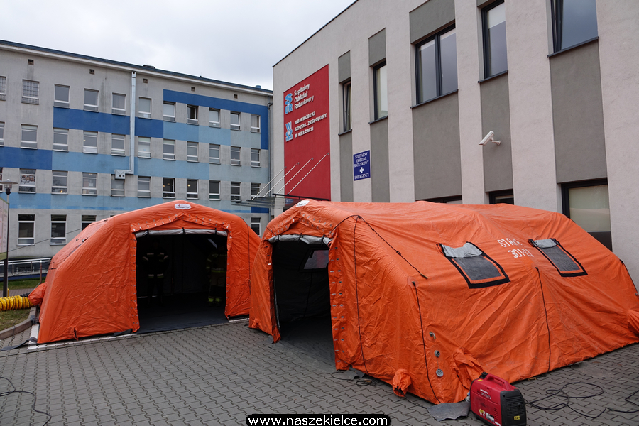Ćwiczenia strażaków w szpitalu na Czarnowie 04.03.2020