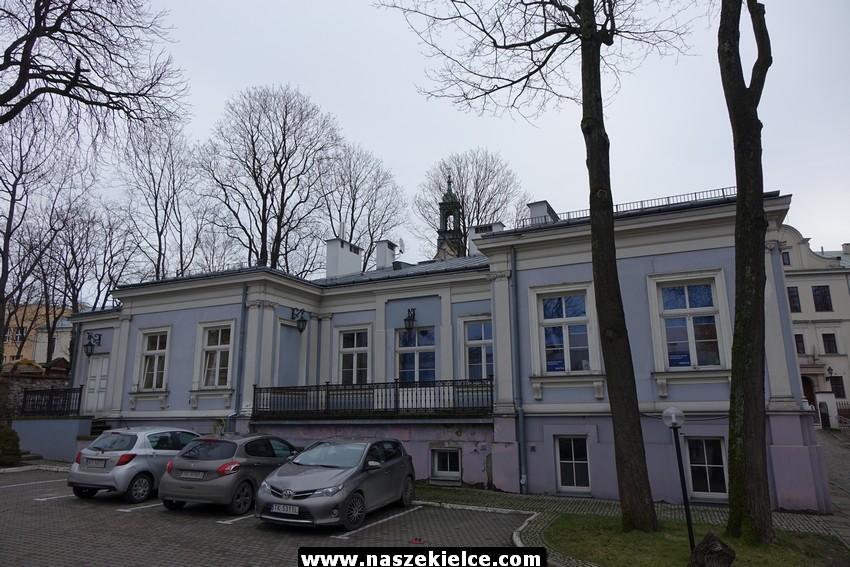 Muzeum Narodowe kupuje zabytkowy dworek na ulicy Jana Pawła II 03.01.2017