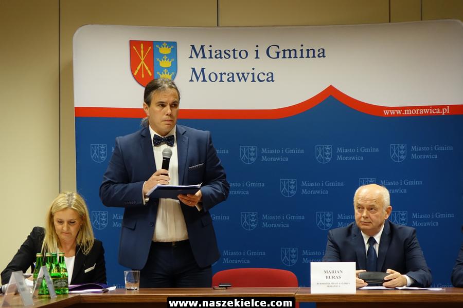 Pierwsza sesja rady miasta i gminy Morawica kadencji 2018-2023 21.11.2018