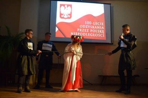 kielce wiadomości W gminie Górno świętowali 100 rocznicę odzyskania Niepodległości (ZDJĘCIA)