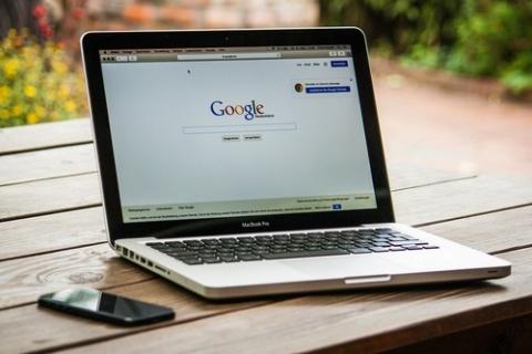kielce wiadomości Optymalna domena. Jaki złoty środek na idealny adres www?