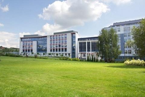 kielce wiadomości Stypendia na kieleckiej uczelni w górę