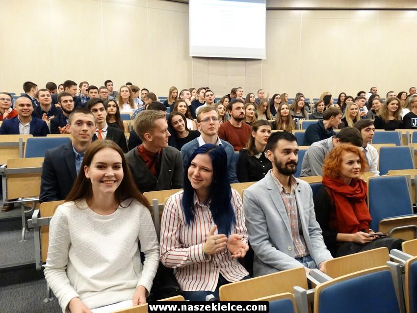 Miasto wręczy stypendia najzdolniejszym maturzystom, którzy zdecydowali się na studia w Kielcach