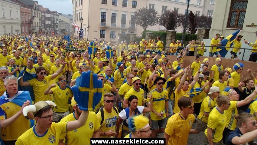 Szwedzcy kibice w Kielcach 16.06.2017