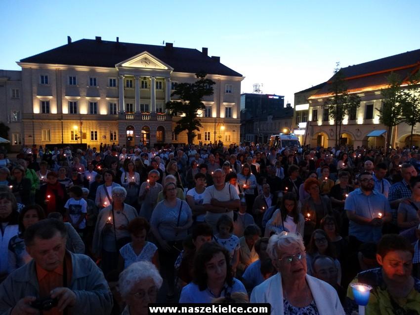 V Uwielbienie w centrum Kielc 11.06.2017