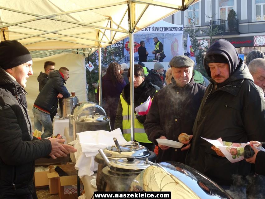 Wigilia dla potrzebujących na Rynku 16.12.2016